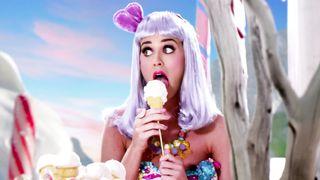 Katy Perry ft. Snoop Dogg - California Girls