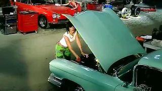 Rihanna - Shut Up And Drive