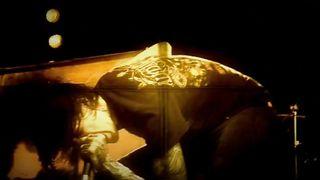 Suicide Silence - Destruction Of A Statue