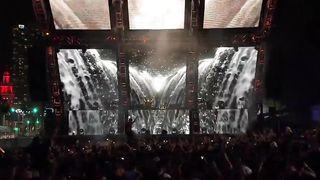 Nicky Romero premieres Linkin Park Remix at Ultra Miami 😀